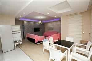آپارتمان دو خوابه فروشی در آنتالیا ساریسو با لوازم نو زندگی