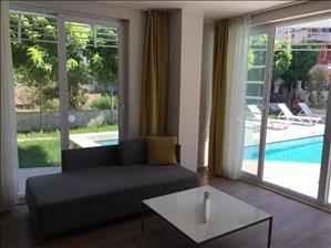 خرید خانه دو خوابه با لوازم زندگی در کنیالتی لیمان
