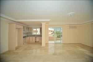 آپارتمان فروشی دو خوابه در آلانیا محمودلار با امکانات کامل رفاهی
